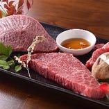 きめの細かいサシと柔らかな肉質でとろけるような舌触りの松阪牛