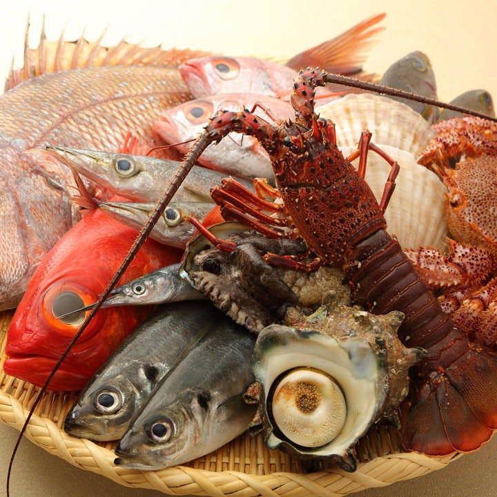 漁港直送など全国各地から届いた鮮魚を使用しお作りいたします