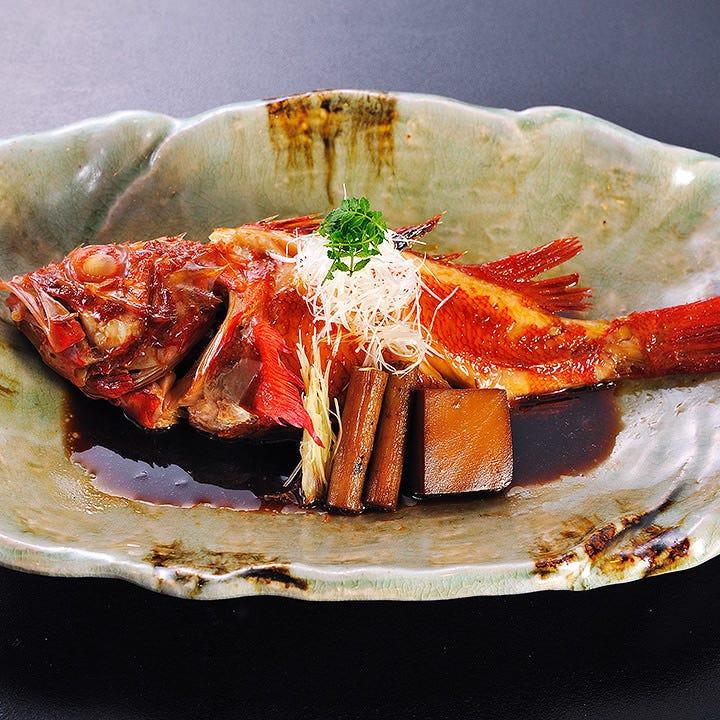 矢の根寿司でしか味わえない自慢の煮付けをお楽しみください