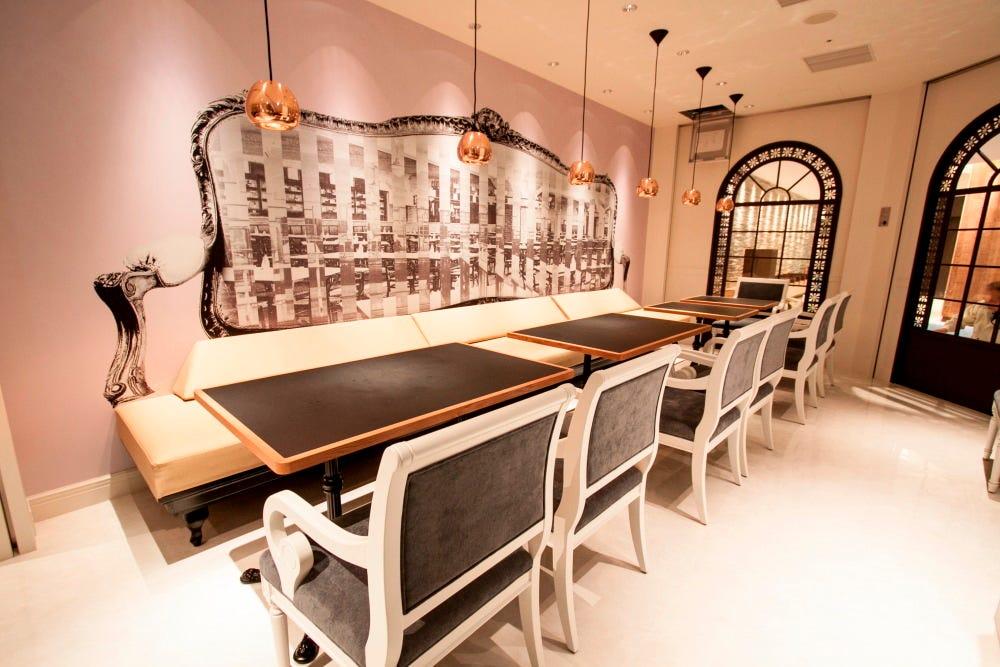 テーブル席・半個室・8名様~16名様