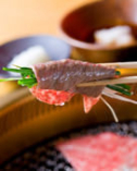 自家製タレ・ポン酢・レモン・岩塩…お肉のお供も種類豊富です♪