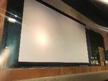 地域最大級の100インチスクリーン