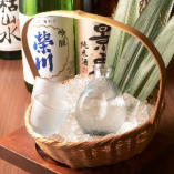 日本全国から取り寄せた日本酒は店主自ら買いに行く厳選日本酒も