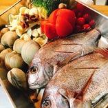 築地から仕入れる新鮮魚介の数々をどうぞ【東京都】