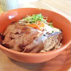 炙りローストビーフ丼