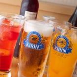 定番ドリンクに加え、鎌倉ビールや湘南ビールなど地ビールも!