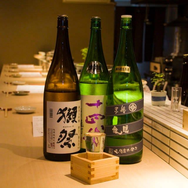 美味しいお料理と共に美味しい日本酒