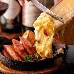 大人気のラクレットチーズ!!