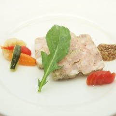 豚肉と鶏レバーの田舎風パテ パテドカンパーニュ