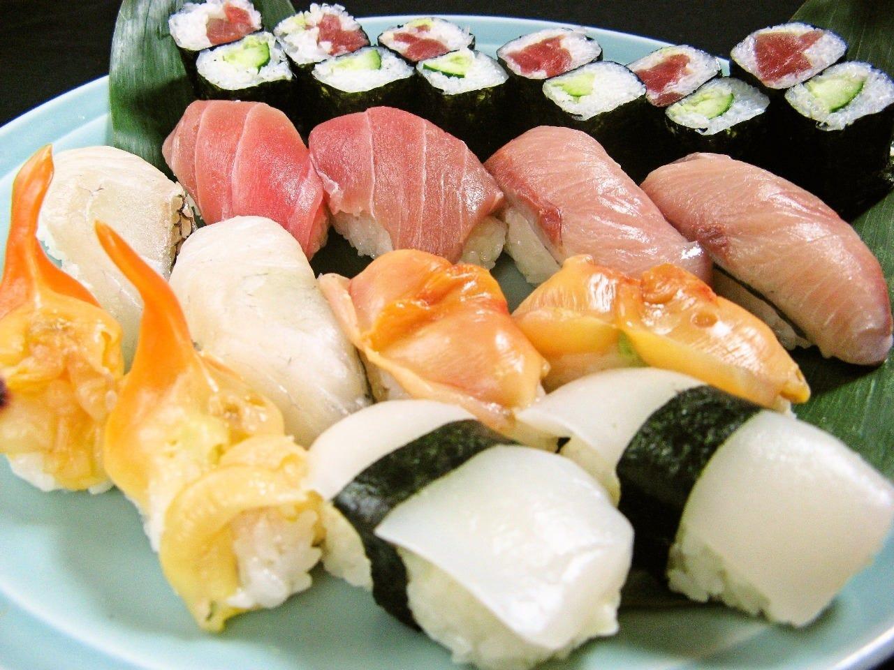 御好評の江戸前にぎり寿司!
