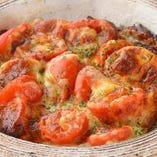 鶏チャーシューとトマトのオーブン焼き