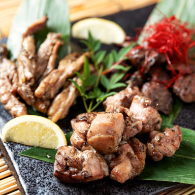 鶏しゃぶしゃぶと炭火焼のお店 鶏や鍋や なか山  コースの画像