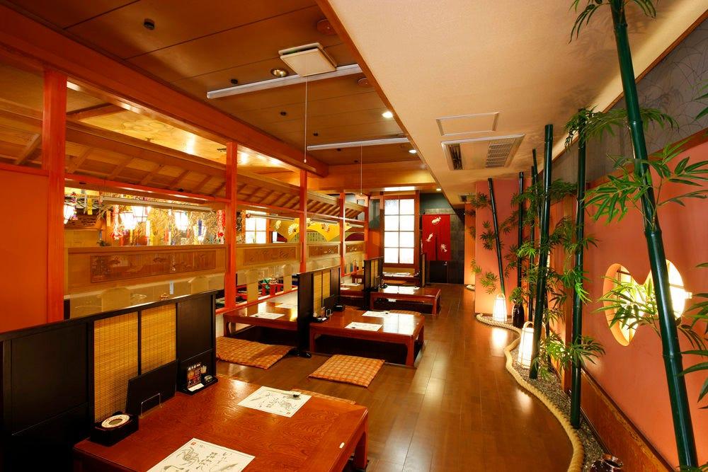 上質な会席料理には、上質な空間と上質なおもてなしで。