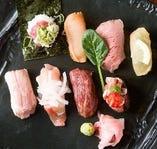 大人気!【肉寿司盛り合せ】他、五感を刺激するスパイス料理も!