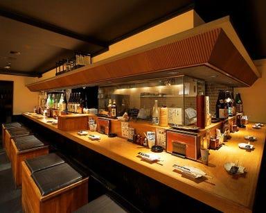 鶏卸直営 朝びき専門 八金 高槻店 店内の画像