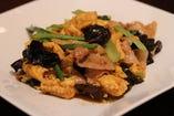 豚肉と木クラゲの卵炒め