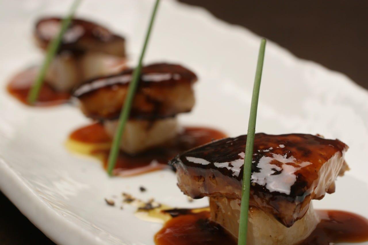 看板メニューのフォアグラをご堪能!! 肉料理・魚料理が充実《 PARTYコース【10品 3,500円】