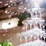 大人気シャンパンタワーや花束などお得なサービスも充実