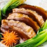 【特製豚バラの角煮】 じっくり3時間煮込んだトロトロお肉