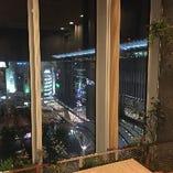 博多駅前を一望できる個室も!