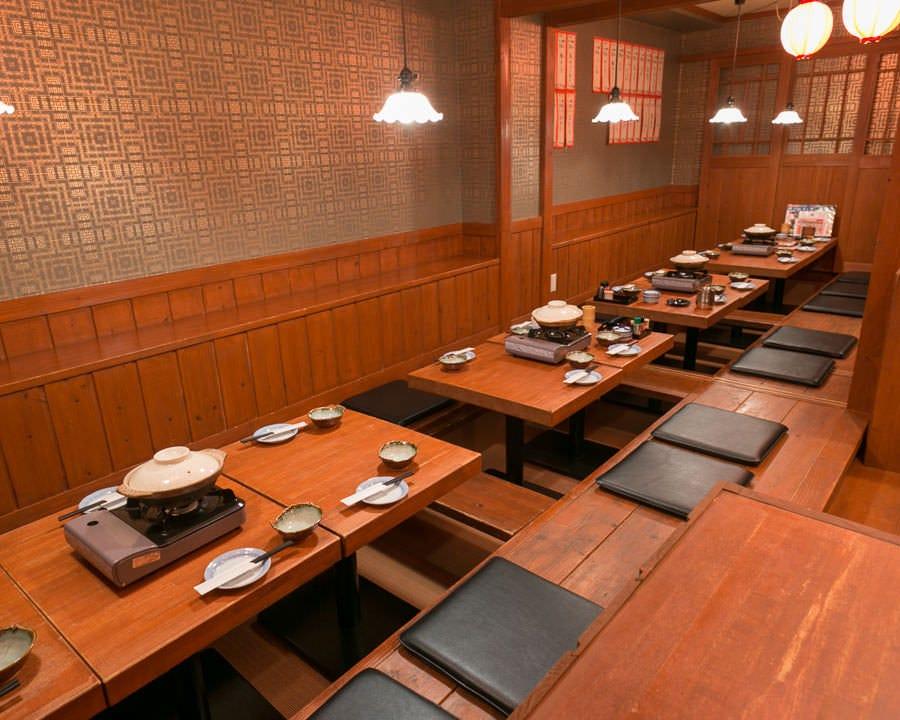 2階は掘りごたつ席もあり☆ ご宴会最大50名様まで対応します!
