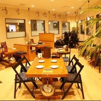 湘南のカキ小屋 笑山  店内の画像