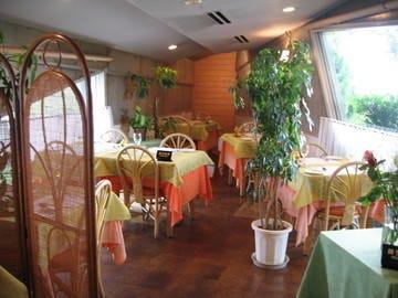 レストランアミュゼ  店内の画像