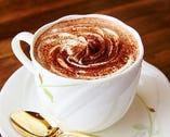 こだわりの珈琲や紅茶、昔懐かしいジュースなど多彩なドリンク
