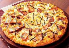 鶏もも照り焼きチーズピザ
