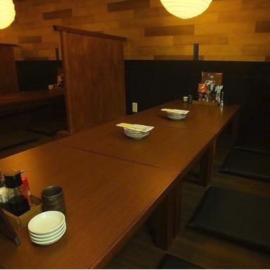 炭火焼鶏 じろう 明石桜町店  店内の画像