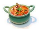 辛・酸・甘 タイ料理の定番 トムヤムクンスープ