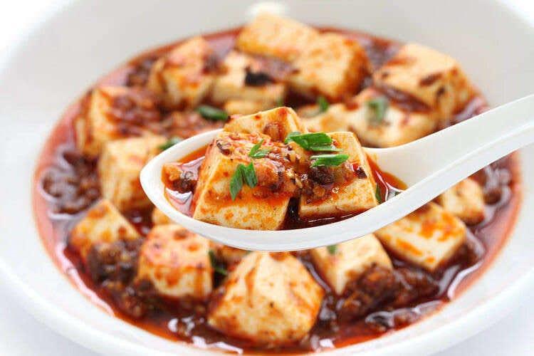 餃子以外にも自慢の中華料理をご用意
