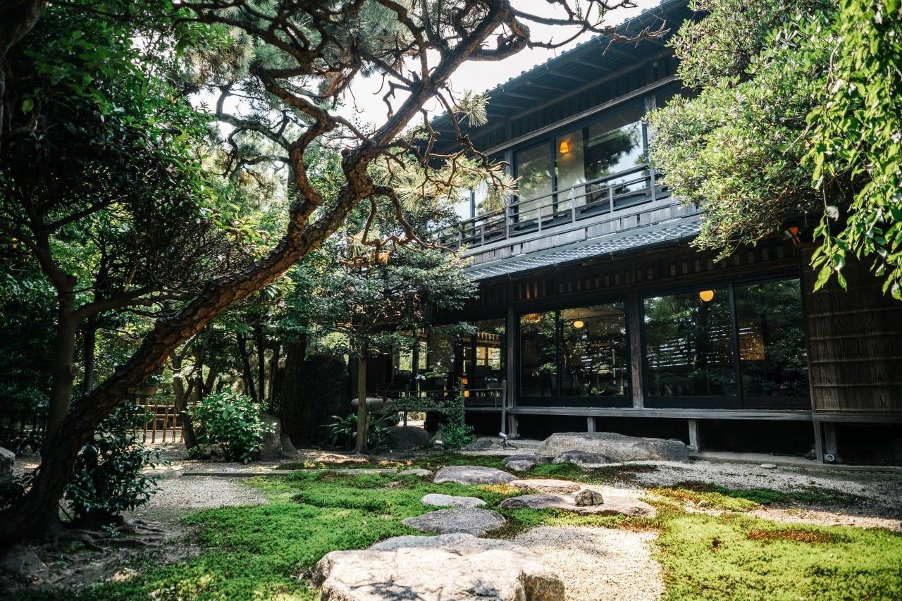 YOKKAICHI HARBOR 尾上別荘