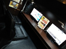 くつろぎのインターネットカフェ空間