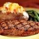 直火で焼くステーキは、226~450gまでチョイス