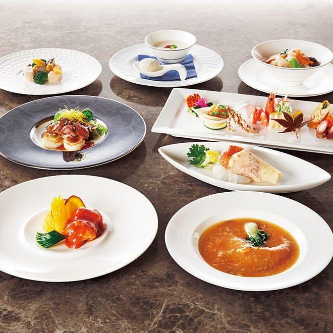 【GoToポイントでお得】季節の味覚を堪能!ふかひれ、鮑、伊勢海老!厳選食材の豪華饗宴!スペシャルコース