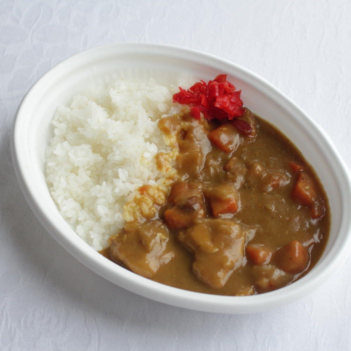 よこすか海軍カレー。鶏肉を使った、横須賀名物の甘口カレーです