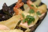 海老と白身魚のフリット 特製チリマヨネーズ