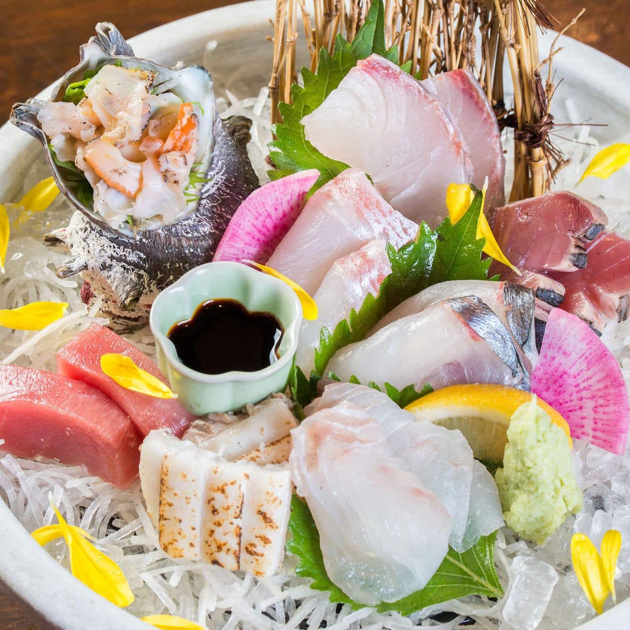 旬の鮮魚と九州名物の逸品が自慢の店