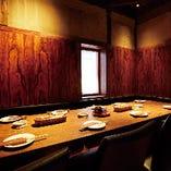 2階のテーブル個室は、モダンな雰囲気が女子会や接待にもオススメです。