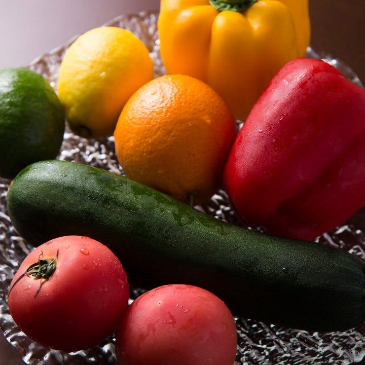 産直野菜やお肉、パスタを選りすぐり