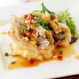 太刀魚の揚げ物(上海醤油ソース or 香味ソース お選びいただけます)