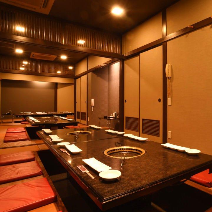 20名様ほどのご宴会に最適な掘りごたつ個室も。会社宴会に最適!