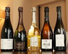 ソムリエが厳選した多彩なワイン