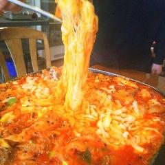 韓国料理専門店月の壺