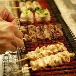 国産の豚モツは新鮮で絶品!炭火焼に仕上げています。
