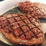 秋田由利牛特選赤身肉の塊焼き