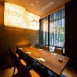 半個室|ビジネスでの会食や家族団らんに◎【テーブル席(4~8名様×2部屋)】