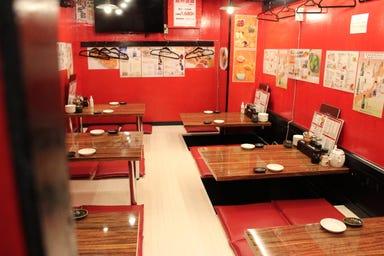24時間 餃子酒場 赤坂見附店  店内の画像