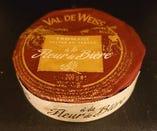 フルール ド ピエール(フランス産、牛乳製、ウォッシュタイプ)